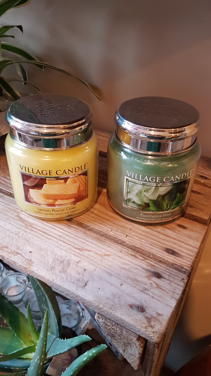 Village candle medium jar